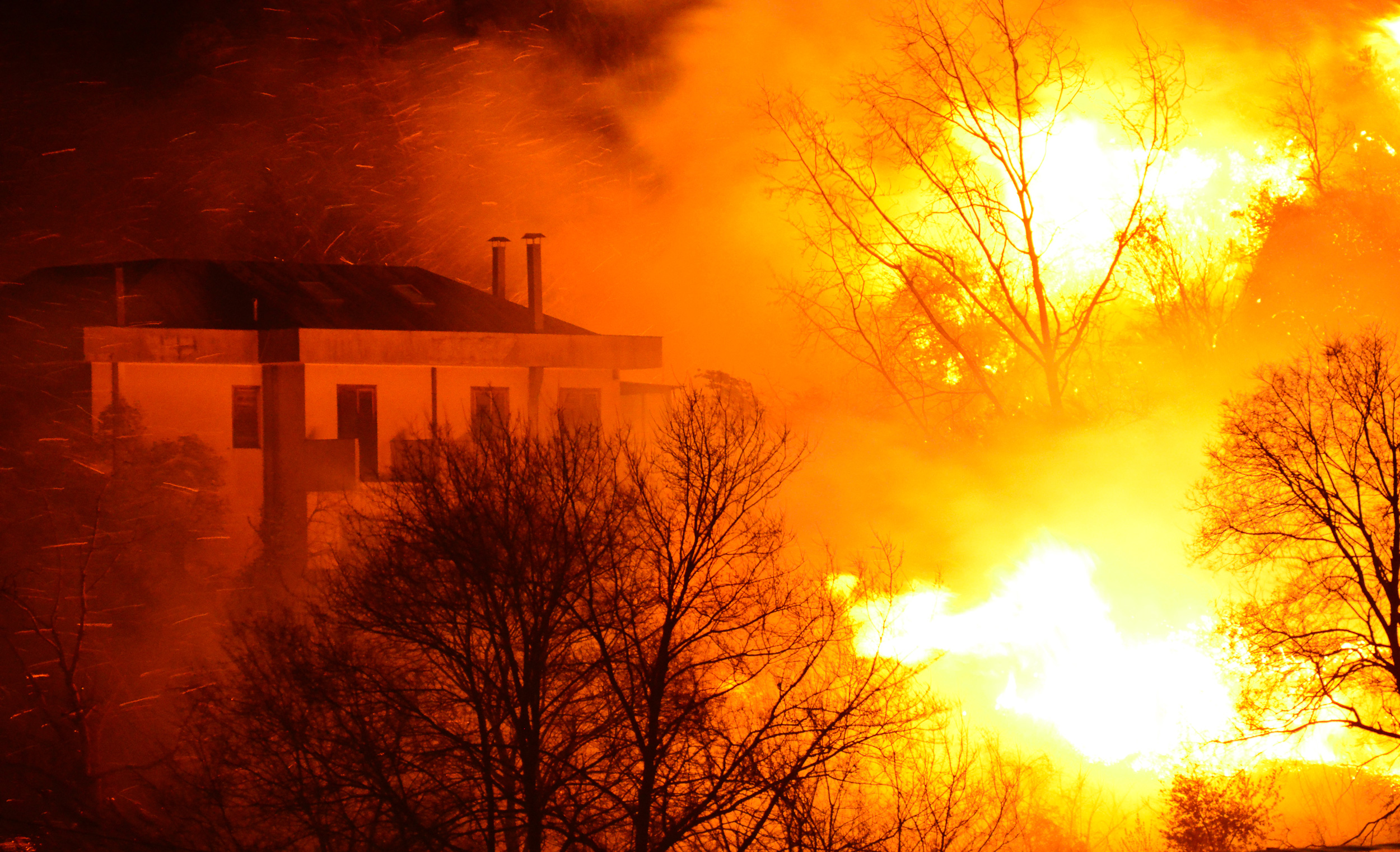 How To Protect Your House From An Ember Attack | King Group